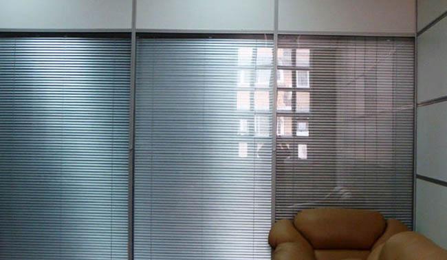 玻璃磨砂玻璃价格.磨砂玻璃隔断墙.厨房移门装修效果图扫除